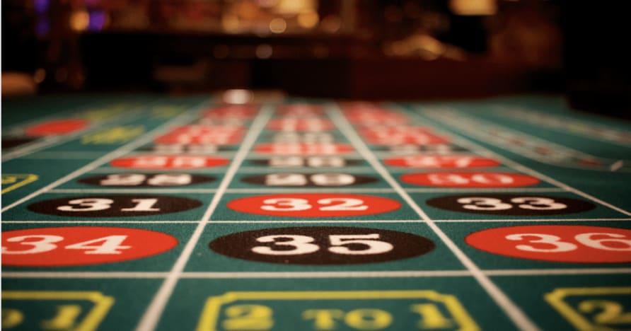 Play'n GO запустила фантастическую покерную игру: казино-холдем в 3 руки