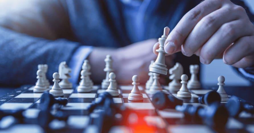 VIP программы, Программы лояльности, и Comps в интернет-казино